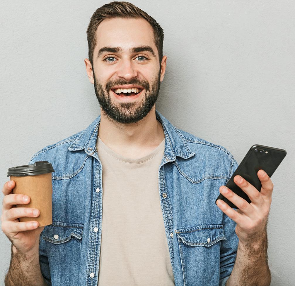 App User mit Smartphone